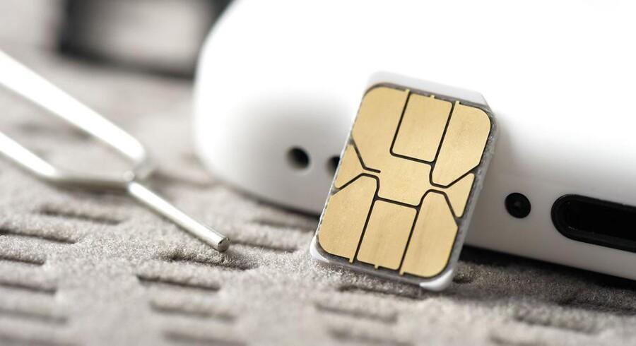 Henved en million taletidskort er i brug i danske mobiltelefoner, varmepumper, alarmer m.m. Arkivfoto: Iris/Scanpix
