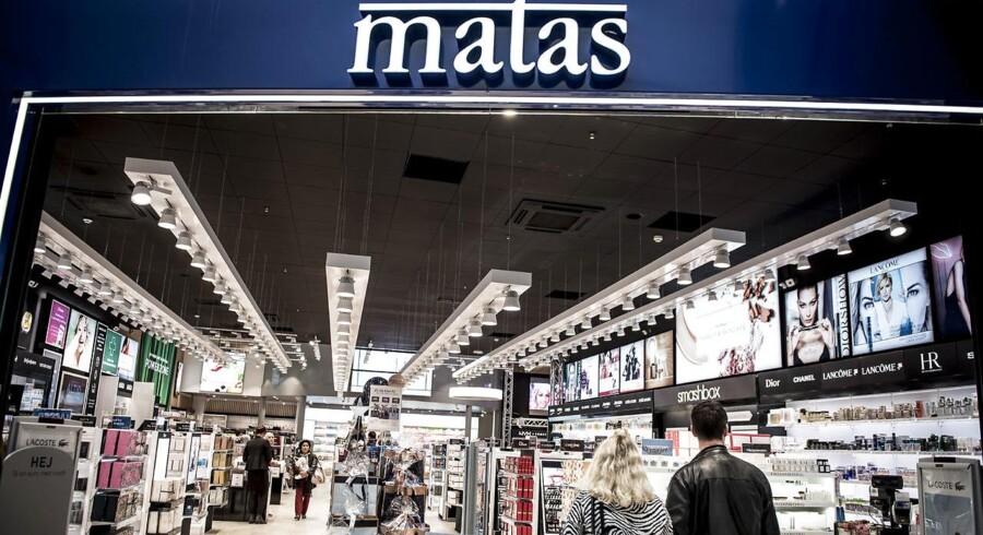 »Salget i tredje kvartal er overordnet set gået som forventet. Billedet er imidlertid todelt. Matas klarer sig pænt med vækst i salget på Black Friday og i de vigtige uger op til jul - og matas.dk voksede med 40 pct. Denne udvikling kan dog ikke kompensere for tendensen i hverdagene, hvor Matas oplever en lavere kundestrøm og øget konkurrence,« siger Gregers Wedell-Wedellsborg, administrerende direktør i Matas. Arkivfoto. (Foto: Mads Claus Rasmussen/Scanpix 2017)