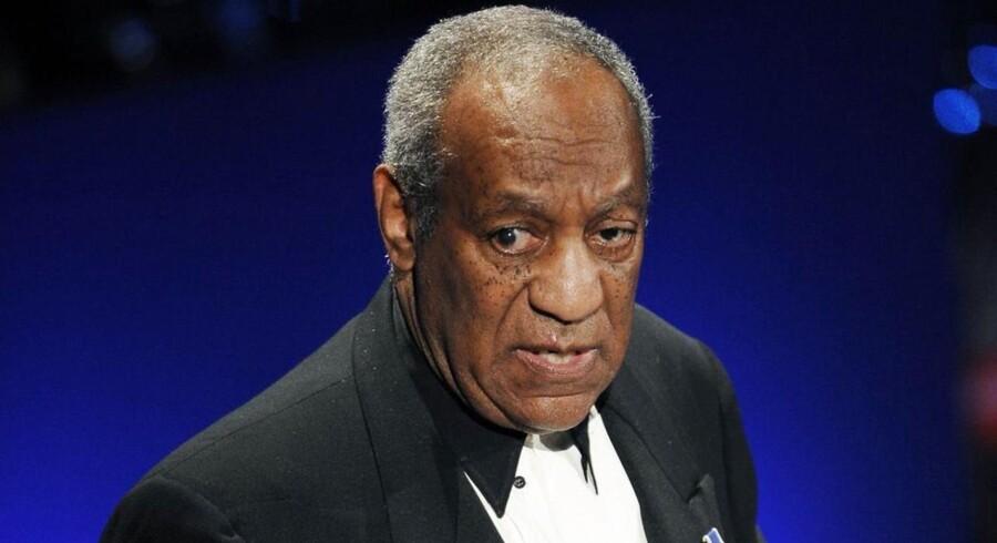 Bill Cosby har længe været under kraftig mistanke for at bedøve og forgribe sig på en lang række kvinder gennem sin karriere. Nu står 35 kvinder frem.