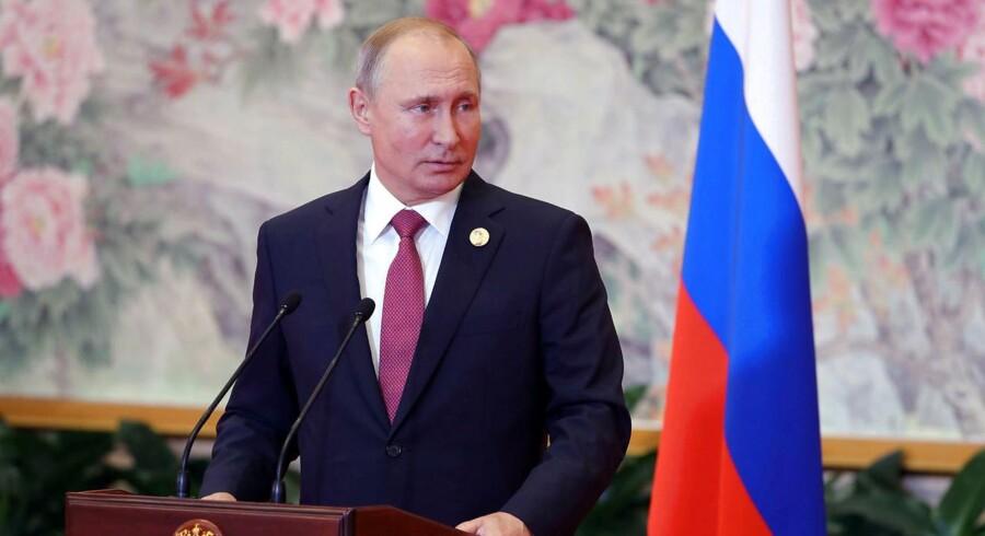 Et amerikansk-russisk topmøde vil vække glæde hos Vladimir Putin, siger han.