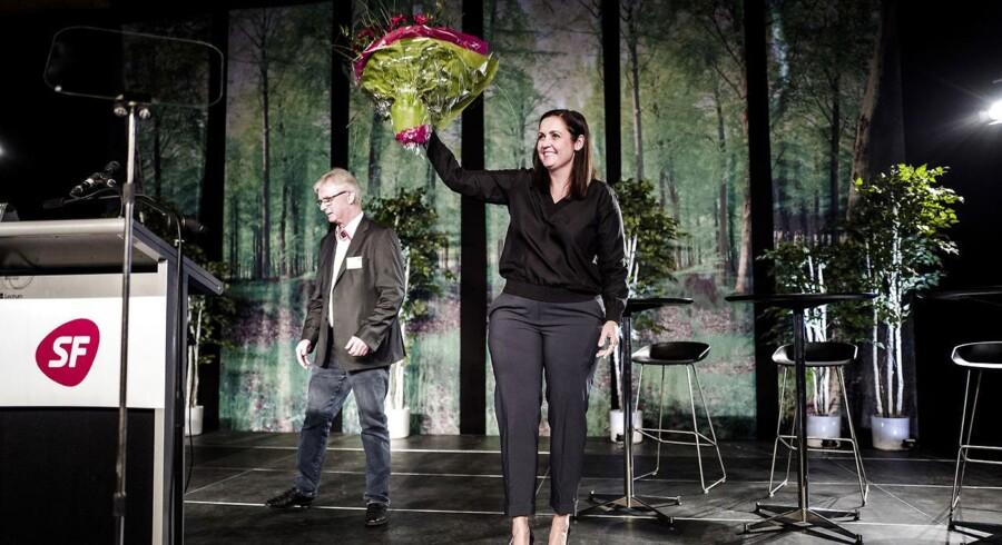 SF Landsmøde fredag d. 15. april 2016 i Vingsted ved Vejle. Pia Olsen Dyhr stadig formand.