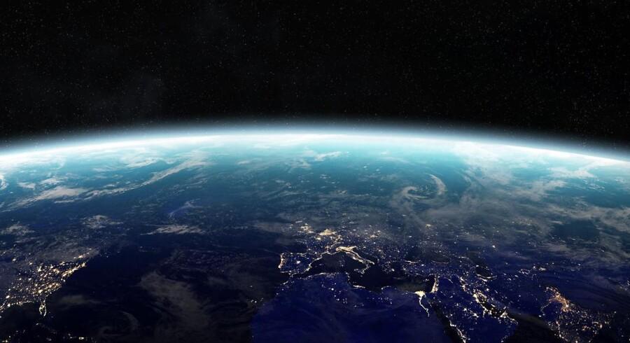 Der er meldinger om, at opsendelsen af det danske forsvars første satellit går efter planen. Arkivfoto: Iris.