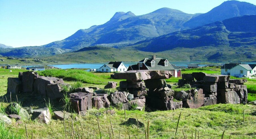 Ruinerne af de gamle nordboeres bispesæde, Gardar i Igaliko i Sydgrønland, er del af kulturlandskabet Kujataa, som netop er optaget på UNESCOs Verdensarvsliste. Foto: Georg Nygaard.