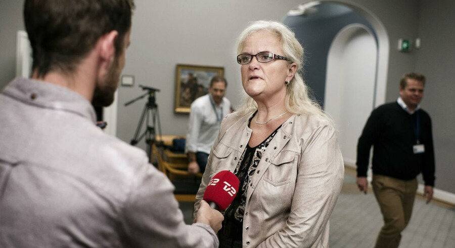Dansk Folkepartis sundhedsordfører Liselott Blixt mener, at man skal gentænke den offentlige støtte til patientforeninger.