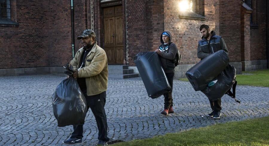 Justitsministeren vil fremsætte et lovforslag, der indfører zoneforbud i en hel kommune for hjemløse, der opholder sig i teltlejre. Det har vakt utilfredshed i en række omegnskommuner.. (Arkiv)
