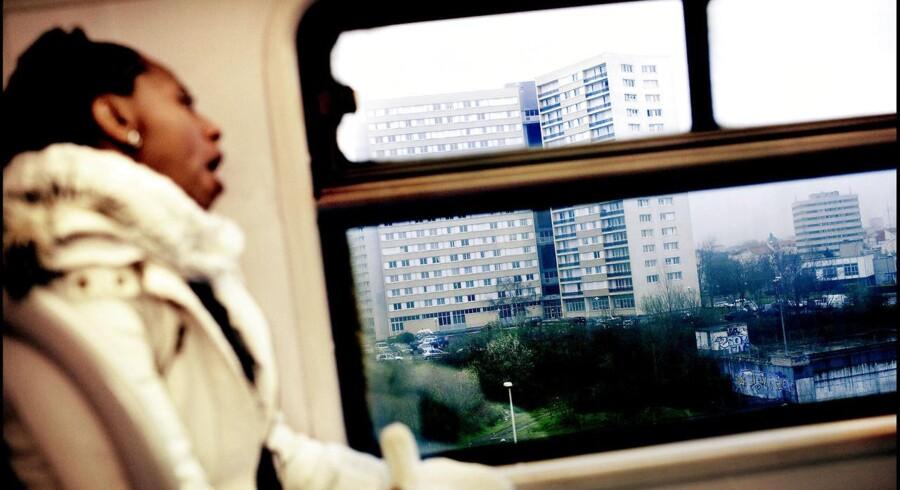 Arkivfoto: Ifølge transportmyndighederne i Paris og regionen rundt om storbyen, Ile-de France, bliver der hvert år født et barn i Paris-metroen eller i regionaltog.