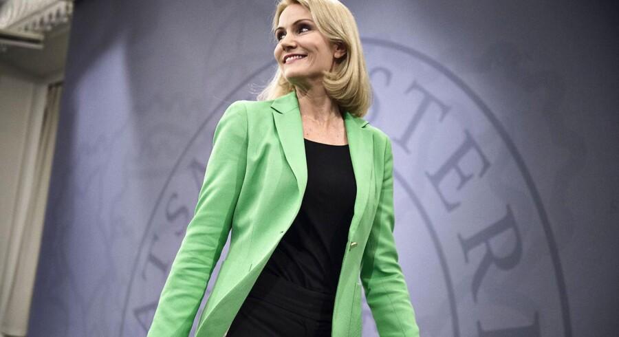 Statsminister Helle Thorning-Schmidt annoncerer folketingsvalg i Spejlsalen på Christiansborg onsdag den 27. maj 2015.