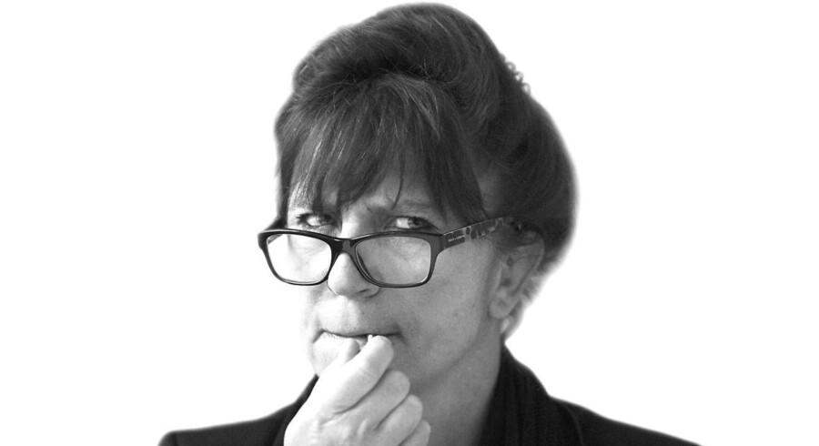 »Her er den gode nyhed – eller dårlige, alt efter perspektiv: Ordet narrefisse er ikke på vej ud af sproget af den enkle grund, at det beskriver et fænomen, som ikke er på vej ud af virkeligheden,« skriver Susanne Staun.