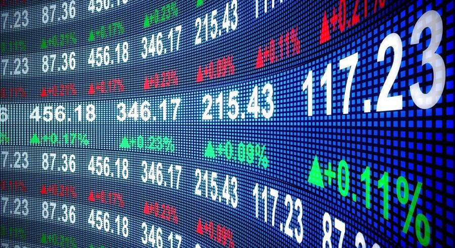 Stockfoto: A.P. Møller-Mærsk og Lundbeck topper fra åbningen tirsdag det danske eliteindeks, C20 Cap, efter at positive analyser har sat fokus på potentialet i aktierne. Omvendt forsætter nedturen for Genmab, efter at endnu en bank har sænket anbefalingen af den.