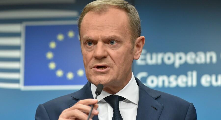 - Jeg har ikke ændret mening. Overhovedet ikke, siger EU-præsident Donald Tusk om sin kritik af ineffektive flygtningekvoter. Scanpix/John Thys