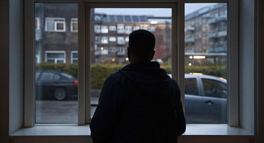 Asylansøgere fra Eritrea risikerer tortur, hvis de danske myndigheder sender dem hjem, lyder det fra professor, der trækker sit navn tilbage fra omdiskuteret rapport.