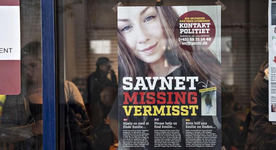 Efter mere end fem måneder fik familien til Emilie Meng fra Korsør vished om deres datters skæbne, da liget af hende juleaftensdag blev fundet i et vandhul nær Borup på Midtsjælland. (Foto: Jens Nørgaard Larsen/Scanpix 2016)
