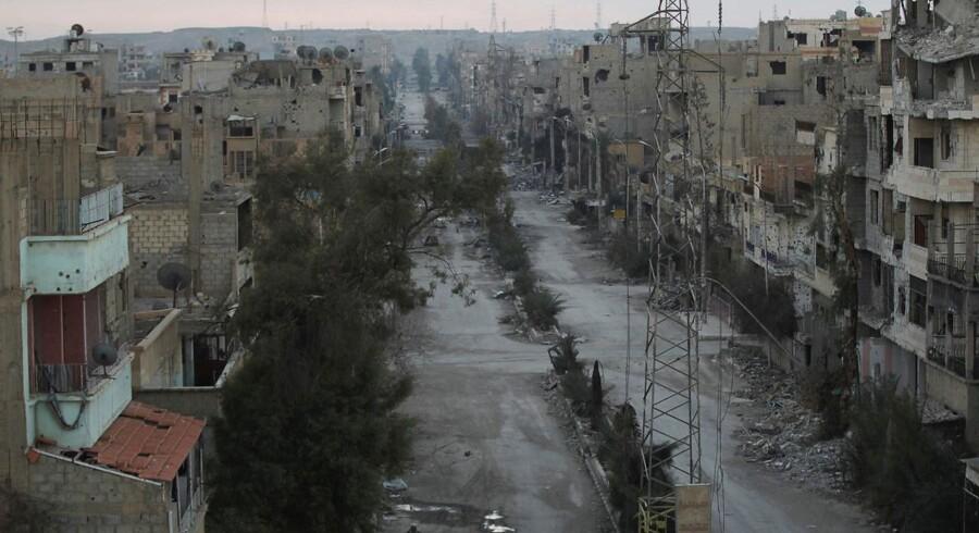 Syriens militær oplyser, at det har fundet et oprørslaboratorie i det østlige Ghouta ved Damaskus.