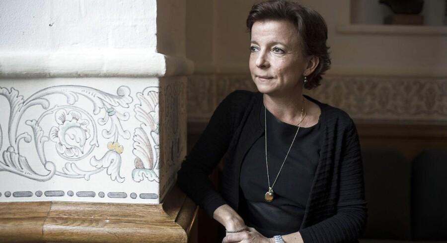Fungerende sundhedsminister Karen Ellemann vil fjerne forbuddet mod dobbeltdonation.