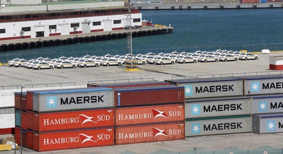 Maersk Line annoncerede købet af den tyske rival i slutningen af 2016.