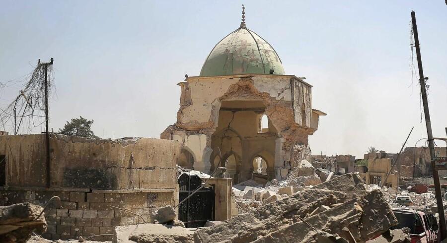 Irakiske specialstyrker har generobret Nuri-moskéen i Mosul.