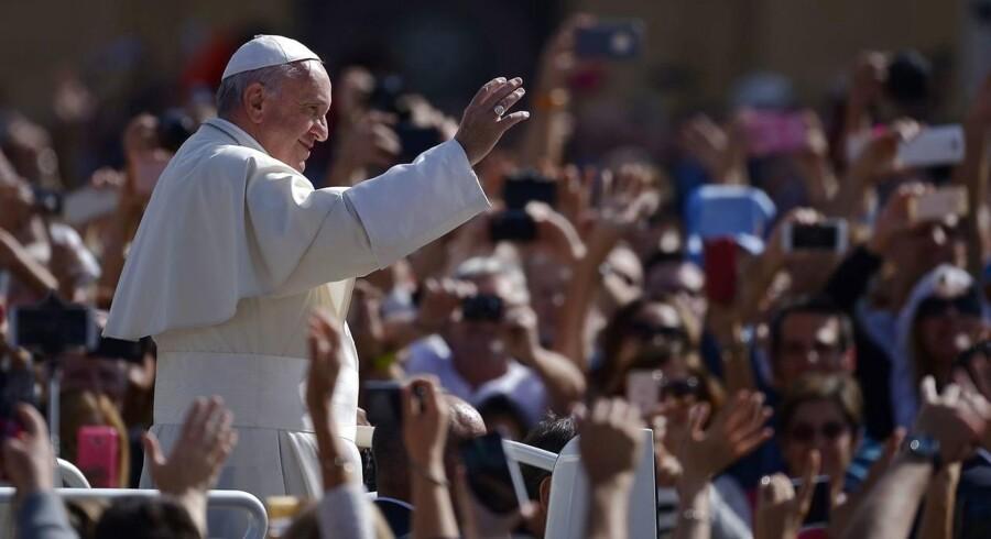 Arkivfoto: Mandag gæster pave Frans Sverige.