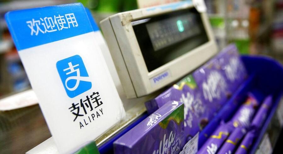 Alipay er en del af den kinesiske gigant Alibaba, der, ifølge Nets, har op mod en halv milliard brugere.