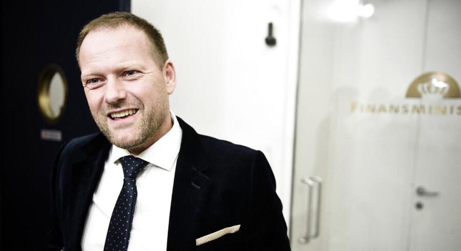 DFs finansordfører René Christensen (DF) afviser at binde sig reformer, der skal finansiere ny boligskat.