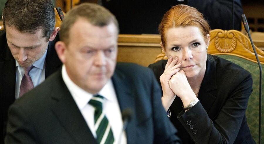 De tre V-ministre Kristian Jensen, Lars Løkke Rasmussen og Inger Støjberg oplever stadig en faldende opbakning fra vælgerne siden valget i 2015.