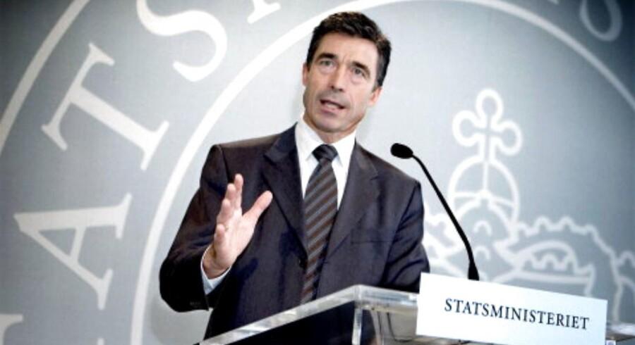 Anders Fogh Rasmussen var statsminister i Danmark fra år 2001 til år 2009. Her er han fotograferet på et pressemøde i år 2005.