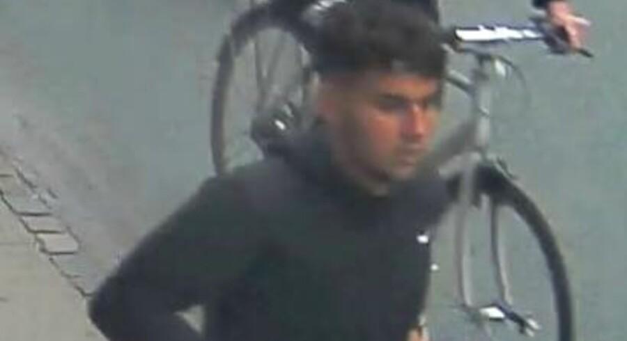 Hvem kender identiteten på denne person, spørger politiet i en pressemeddelelse. Se billedet i fuld størrelse nede i artiklen. Foto: Københavns Politi.