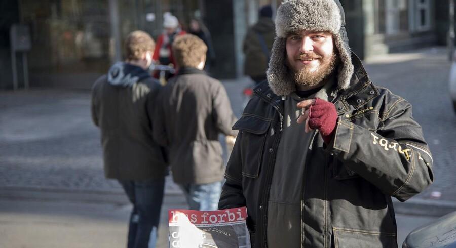 Fejlslagen politik betyder, at samfundet lader flere borgere falde igennem systemet, siger Jann Sjursen.