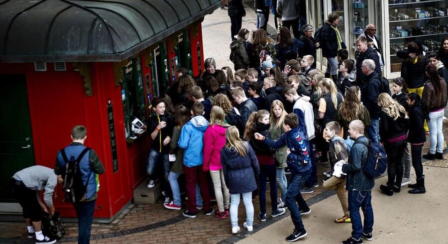 Arkivfoto. Ledelsen af Espergærde Skoledistrikt anser det ikke for skolens opgave at give konfirmander fri til at feste på Blå Mandag. Alligevel er et stort antal elever ifølge DR København udeblevet fra skole denne dag.