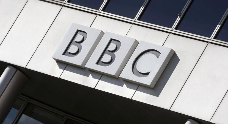 BBC modtager kritik for ulige løn mellem kvinder og mænd. Kritikken er ikke ny, men har fået nyt liv, efter Kina-korrespondenten Carrie Gracie har forladt sit job efter 30 år på grund af utilfredshed over løngabet. Arkivfoto.