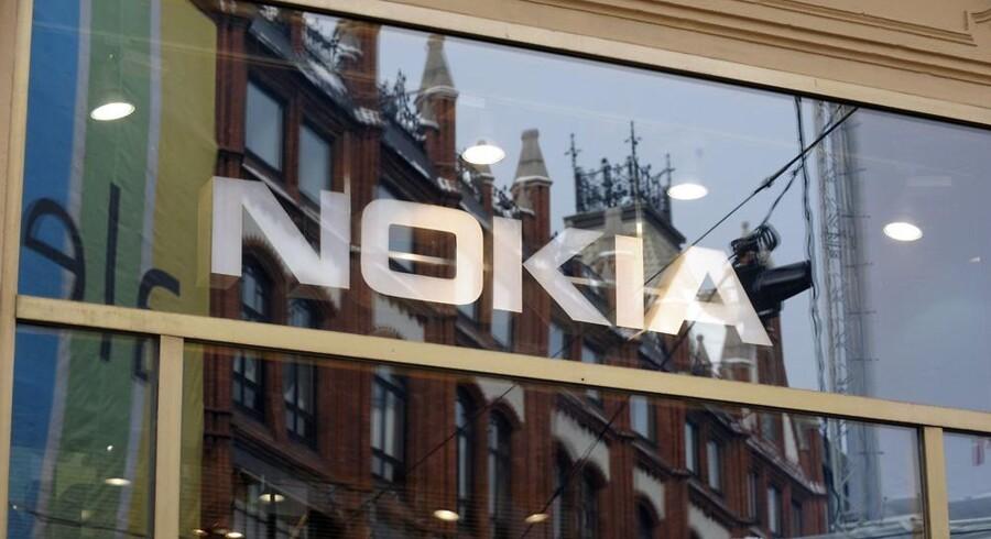 Nokia har i den grad behov for flere penge i kassen og sælger derfor ud. Arkivfoto: Markku Ojala, Reuters/Scanpix