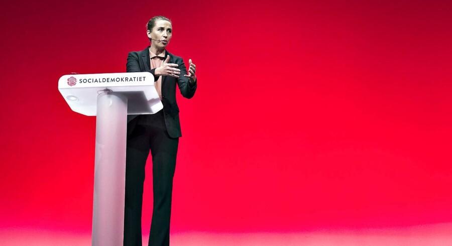 S-formand Mette Frederiksen gik søndag på talerstolen for at levere sin afsluttende replik ved Socialdemokratiets årlige kongres i Aalborg. Her adresserede hun et af de problemer, der har fyldt en del i debatten – kontanthjælpsloftet.