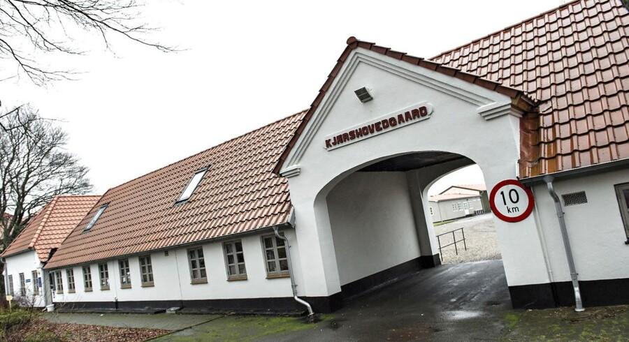 Udrejsecentret, der i dag har knap 200 beboere, åbnede for to år siden. Centret skulle være sidste stop inden udsendelse for udlændinge, der havde opbrugt alle muligheder for at blive i Danmark.