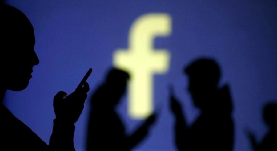 Det sociale medie Facebook havde et ansvar, som man ikke levede op til, erkender teknisk chef i parlamentet. REUTERS/Dado Ruvic/Illustration/File Photo