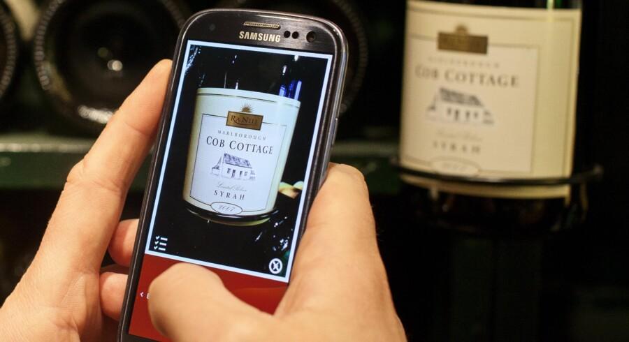 Vin-app'en Vivino har rundet en mio. download og skal nu indtage USA. CEO, Heini Zachariassen, viser, hvordan app'en bruges.
