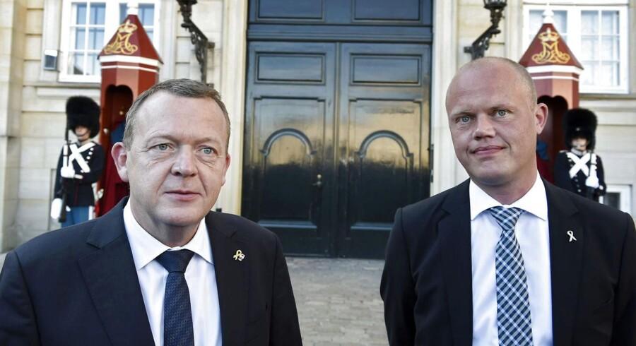Den ny forsvarsminister, Peter Christensen, bliver præsenteret på Amalienborg den 30. september 2015.
