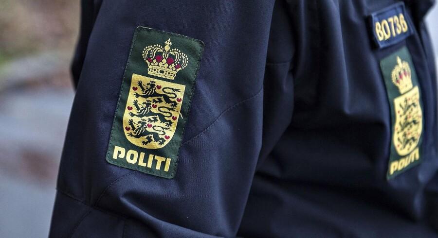 Søndag fortalte politiet, at den 17-årige var blevet sigtet for at sælge MDMA, også kendt som ecstasy.