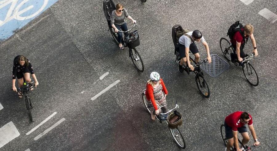 »Vi kan rigtigt meget i Danmark, når det kommer til cykling, men vi skal skridtet videre nu,« siger direktør i Cyklistforbundet, Klaus Bondam, som nu sender en elcykel-bøn til landets politikere.