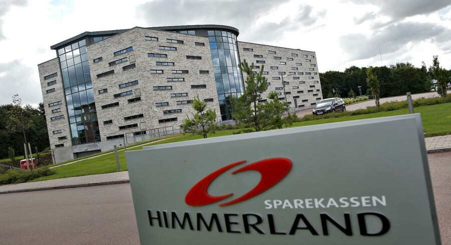 Jutlander Bank er blevet til efter en fusion mellem Sparekassen Himmerland og Sparekassen Hobro med førstnævnte som fortsættende institut. Her er bankens hovedsæde i Aars.