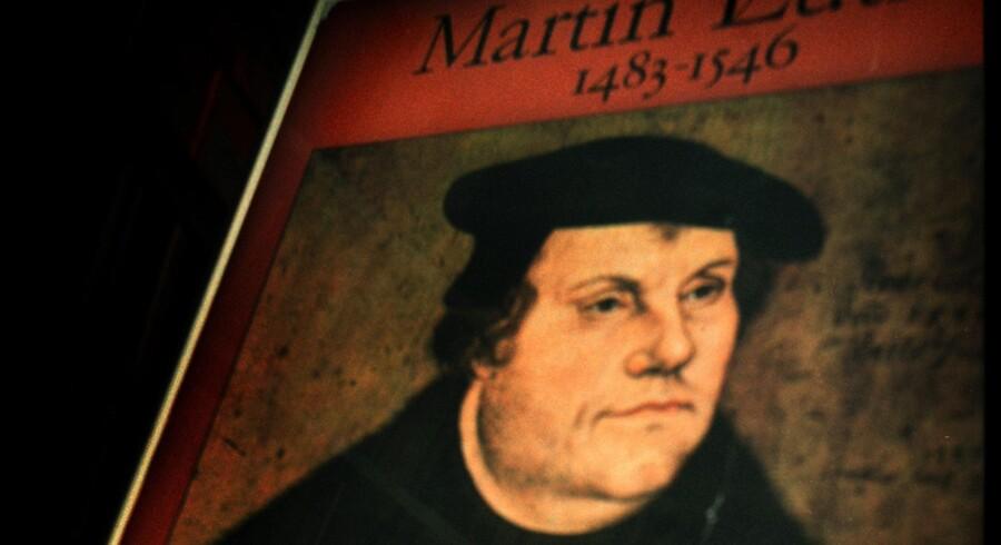 På Luthers tid brød man sig ikke om muslimer, og jøder havde man et groft og for os helt uantageligt forhold til. Alligevel kan man med rette kalde Martin Luther det danske demokratis far.