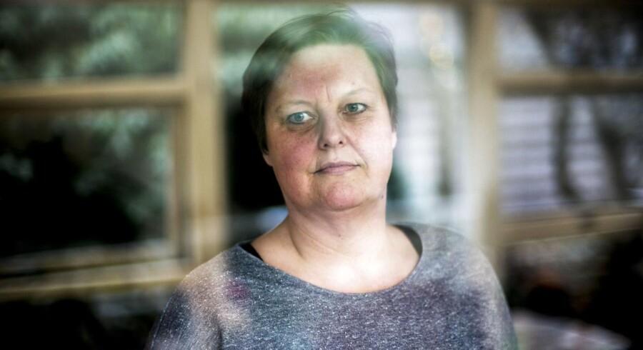 49-årige Dorte Gravgaard lider af sclerose. I sidste uge besøgte hun sin læge for at høre om muligheden for at få udskrevet medicinsk cannabis, men lægen afviste hende med henvisning til manglende evidens på området.