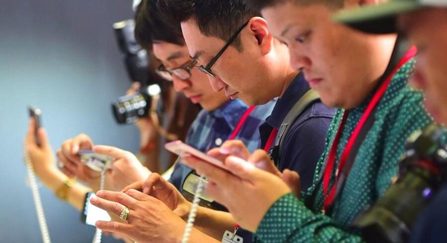 Elektroniksalget bliver mindre i år end sidste år, lyder spådommen, allerede inden den omfattende julehandel sætter ind. Arkivfoto: Jung Yeon-Je, AFP/Scanpix
