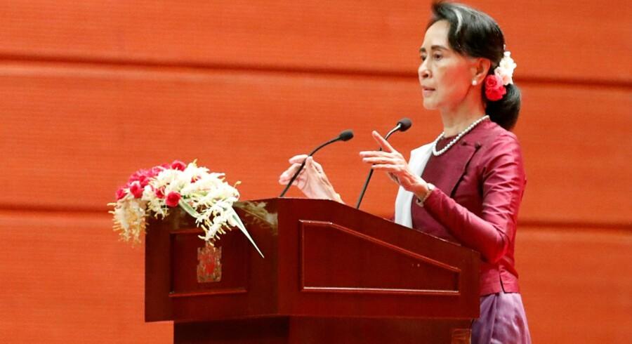Myanmars de facto-leder Aung San Suu Kyi frygter ikke internationale undersøgelser i forbindelse med den eskalerende konflikt i landet. Det siger hun i en tale tidligt tirsdag morgen dansk tid. Reuters/Soe Zeya Tun