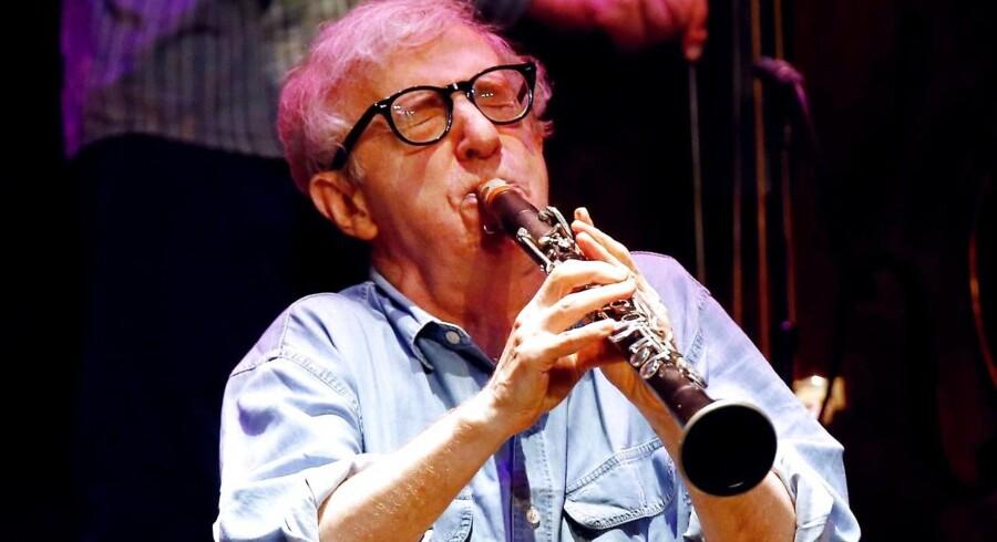 Woody Allen med sin klarinet.