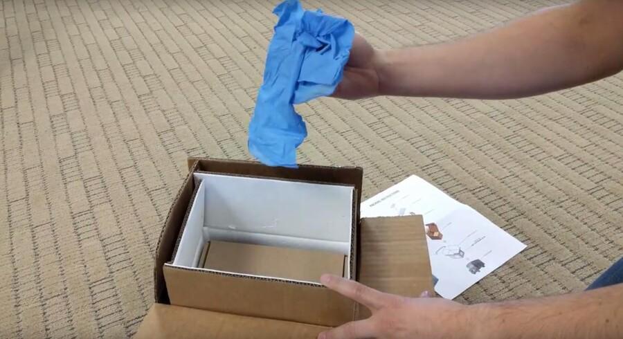 Samsung sender nu brandsikre bokse og blå beskyttelseshandsker ud til folk, der skal returnere den brand- og eksplosionsfarlige Galaxy Note 7-telefon.