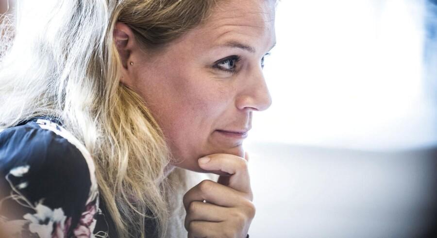 Tidligere politisk ordfører Johanne Schmidt-Nielsen går fredag på barsel. Hendes opgaver på udlændingeområdet bliver nu overtaget af Nikolaj Villumsen.