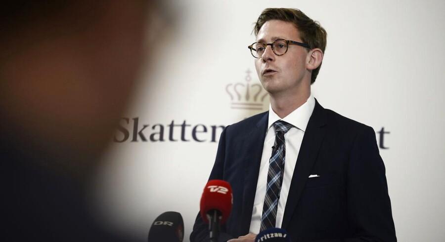 Skatteminister Karsten Lauritzen (V) præsenterer sin plan for genopretningen af Skat.