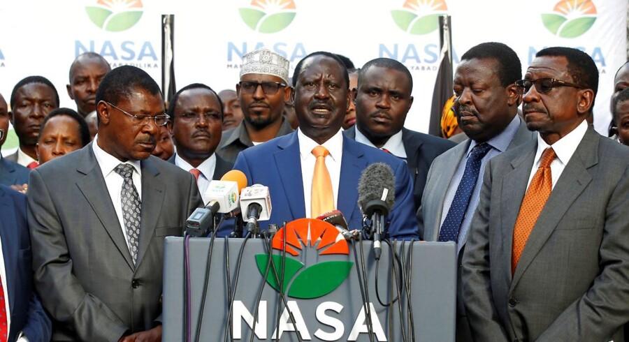 Opposition i Kenyas parlamentet boykottede en afstemning om ændring af valglov, der har fået skarp kritik.