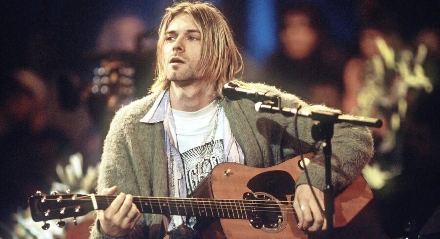 Kurt Cobain under optagelserne til »Unplugged,« som siden blev til det akustisk livealbum »MTV Unplugged in New York,« der blev udgivet den 1. november 1994. Et album, som i øvrigt vandt en Grammy for bedste alternative musikalbum i 1996.