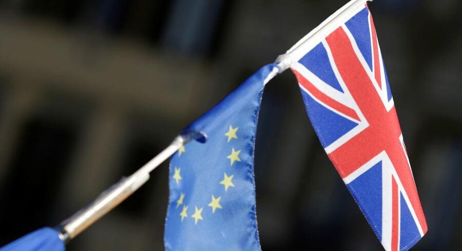 Fredag taler også flere medlemmer fra den amerikanske centralbank og Den Europæiske Centralbank, som ifølge Sydbank dog ikke vil tiltrække sig den store opmærksomhed. Det vil fredagens tale fra Storbritanniens premierminister, Theresa May, i italienske Firenze til gengæld, da den kan bringe nyt om brexit-forhandlingerne.