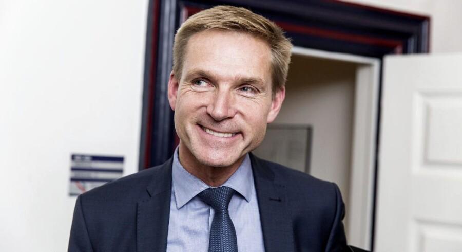 DF formand Kristian Thulesen Dahl fotograferet efter at partiet sammen med regeringen har landet en aftale og registraringsafgiften torsdag d. 21 september 2017 i Finansministeriet . (Foto: Uffe Weng/Scanpix 2017)